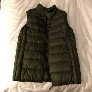 UNIQLO Women's Ultra Light Down Vest